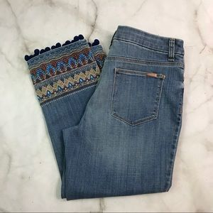 💥 Chico's girlfriend crop embellished Jeans 8P